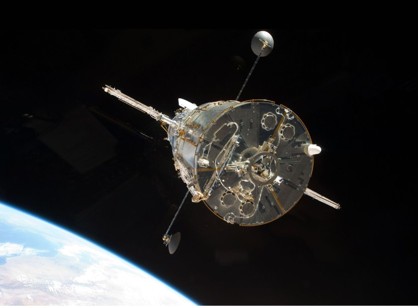 hubble-after-servicing4 HARDWICK.jpg